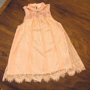 GORGEOUS ALTAR'D STATE LACE PINK SLEEVELESS BLOUSE